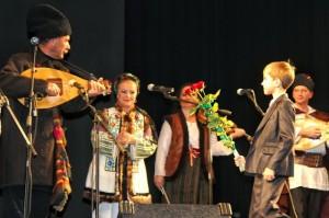 Cernauti-Crestini in Europa-T.Ungureanu-MIliut-M.Stoianov-7-11-2014