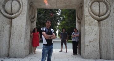 """Targu Jiu, Complexul Cultural """"C. Brancusi"""", la Poarta Sarutului, 8 iulie 2014"""