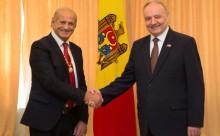 Gh. Zamfir-N.Timofti-Ordinul Republicii-presedinte.md-04-11-14