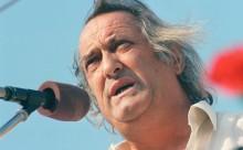 Poetul Ion-Vatamanu-la-MAN-www.flux.md-desc-12-11-2014