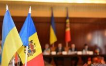 12-12-2014-drapele Ucraina-Moldova-alianta buna vs terorism transnistrean-www.adevarul.ro-646x404