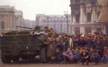 21-12-2014-Bucuresti 1989-tanc-soldati- populatie