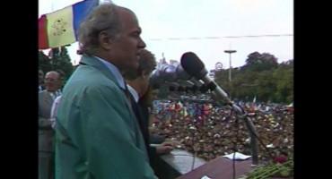 Eugen-Doga-discurs-la-Prima-MAN-27aug1989-Arhiva-TVM-SITE-FlacaraTV-400px