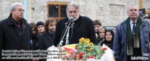 Duca Gh.-A.Paunescu-M.Cimpoi-funeraliile Gr.Vieru-20-01-2009-foto Andrei Padurean