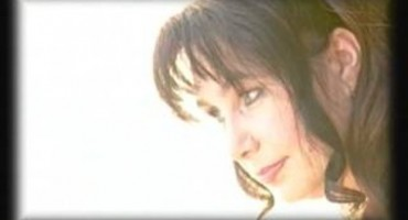 FlacaraTV-Silvia Caraus-artista-redactor TVM emisiune DOR