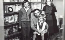 Poetul Grigore Vieru-sotia Raisa si fiii teodor si calin