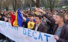 proteste 7 aprilie 2009-mai bine mort decat comunist