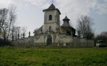 Biserica Hiliseu 1 deteriorata