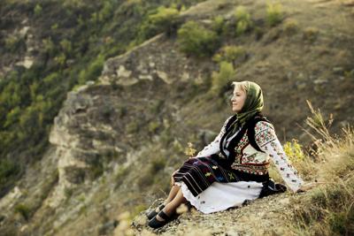 Flacara Film-Basarabeanca la Orheiul Vechi-2012-400px
