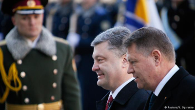 Presedintii Klaus Iohannis si Petro Porosenko-reuters-400px