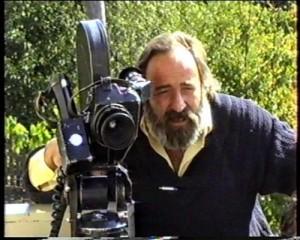 regizorul Victor Bucataru-cu camera de filmat-glasul.md