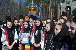 Elevi copii la Memorialul Fantana Alba-Bucovina de Nord