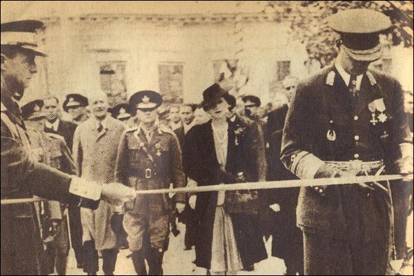 Regele-Mihai-si-Regina-Elena-Chisinau-31octombrie1942-1