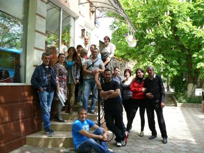 Caravana Culturala ICR in Sudul Basarabiei-echipa org-trupa teatru-400px