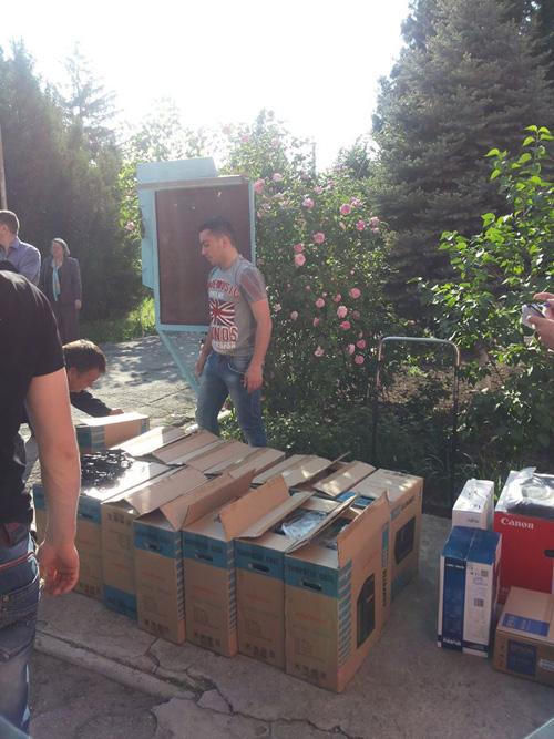 Chirtoaca-donatie mobilier -clculatoare pentru scoliTrnsnistria-3-500px