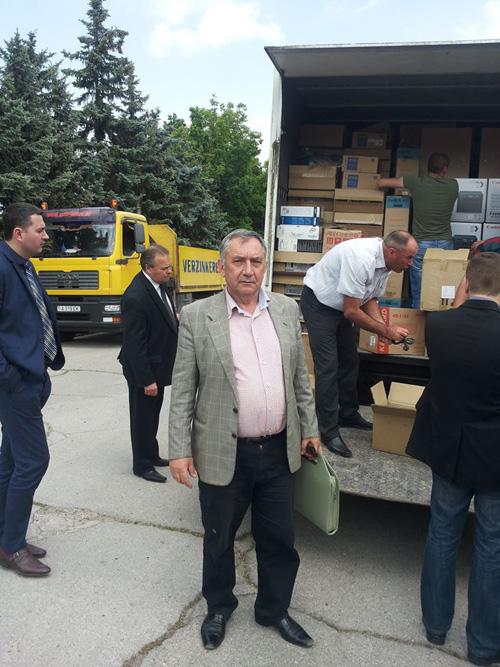 Chirtoaca-donatie mobilier -clculatoare pentru scoliTrnsnistria-5-500px