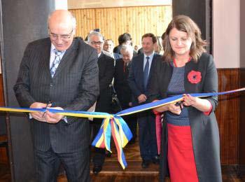 Inaugurare Centru de Studii Romanesti la Cernauti