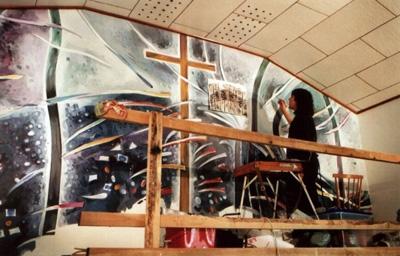 Teo Buzu lucrand intr-o biserica-400px