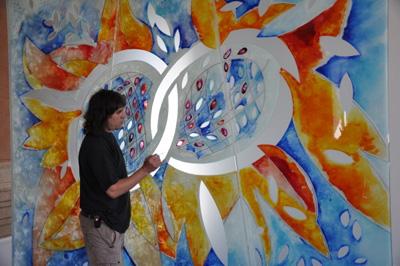 Teodor Buzu-lucrand la un vitraliu-400px