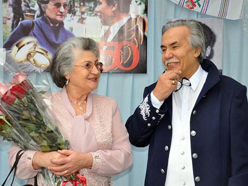 26-06-2015-Omagiu Dumitru Matcovschi si sotia Alexandrina-la aniversarea poetului