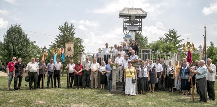 Bucovina-Mahala-Troita martri deportati-GRUP-700px