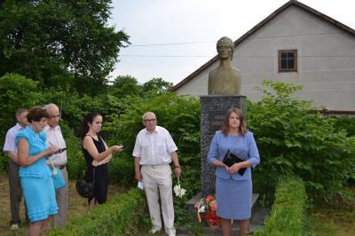 Eminescu-comemorat Cernauti-Ilie Tudor Zegrea si Eleonora Moldovan la Casa Aron Pumnul-15 iunie 2015