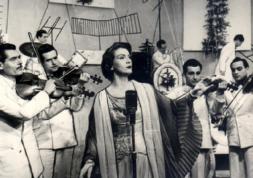 Maria Tanase-cu taraf-plan-apropiat