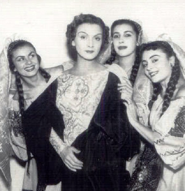 Maria Tanase-grup fete