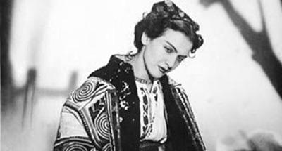 Maria Tanase-la masa tacerii-costum popular-400px