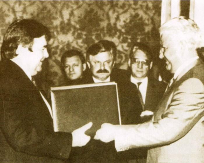 Mircea_Snegur_Boris_Eltin-semnarea Acordului din 21 iulie 1992