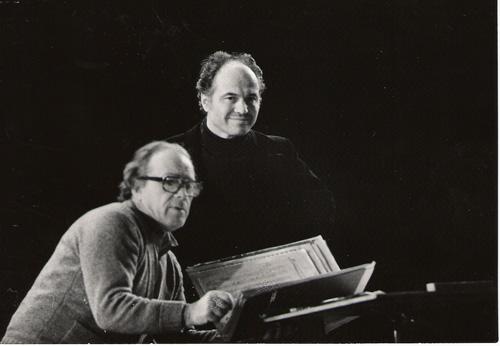 FlacaraFilm-Eugen Doga si dirijorul Anatoli Badhen-Sankt -Petersburg-500px
