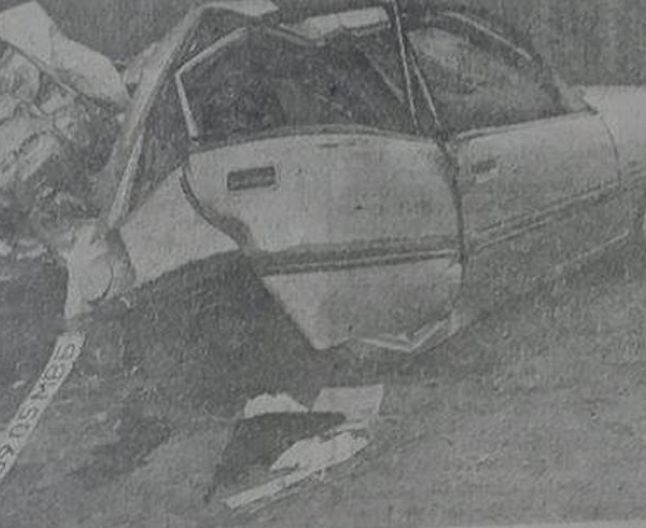mashina Volga-dupa accident Ion si Doina-30 oct 1992-adevarul-ro