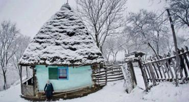 Iarna-casuta batraneasca-18-12-2015-500px