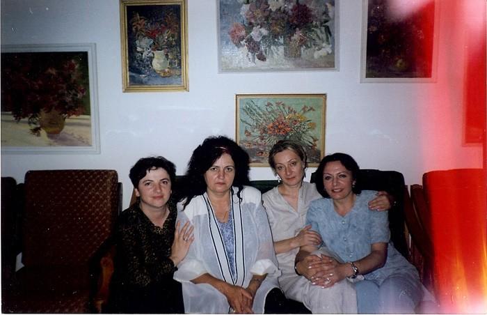 Luminita Dumbraveanu-Leonida Lari-Lica Melnic-Eugenia Duca-Chisinau-1999-700px