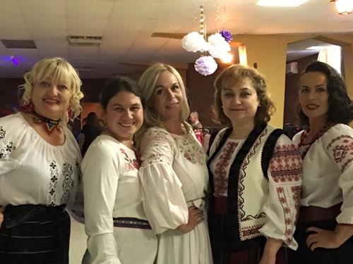 Canada-Festivalul Focul din Vatra-Eugenia Margineanu-Ambasadoarea Moldovei-fetele AMOG-500px