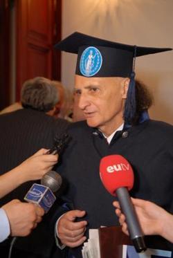 Grigore Vieru-Doctor Honoris Causa ASM-2007-foto 2-250px