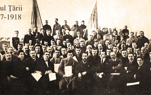 Sfatul Tarii-1918-portret-de-grup-500px