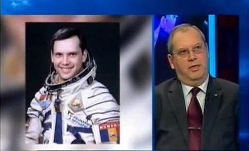 Dumitru Doru Prunariu-cosmonaut-prezent-colaj-500px