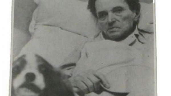 George Enescu-bolnav-la pat-600px