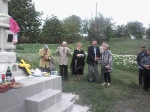 Ghiduleni-Troita-Basarabeanca-Primarul-Cornel si Raisa Nica-600px