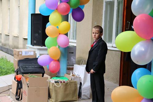 Donatie RO pt scoala Frumusica Veche-sudul Basarabiei-elev in asteptare-500px