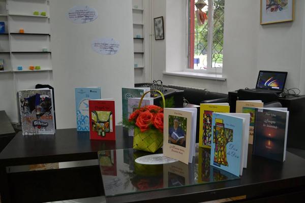 Zina Izbas-lansare carte Mama mea Ileana mea-cartile Zinei-3 iunie 2016-600px