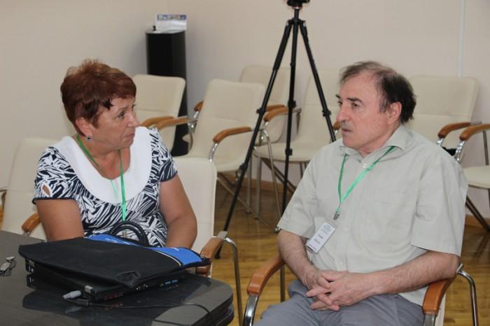 Conferinta Int a Matematicienilor-dr hab Svetlana Cojocaru si dr Ioachim Drugush-26 iulie 2016-800px-IMG_0623