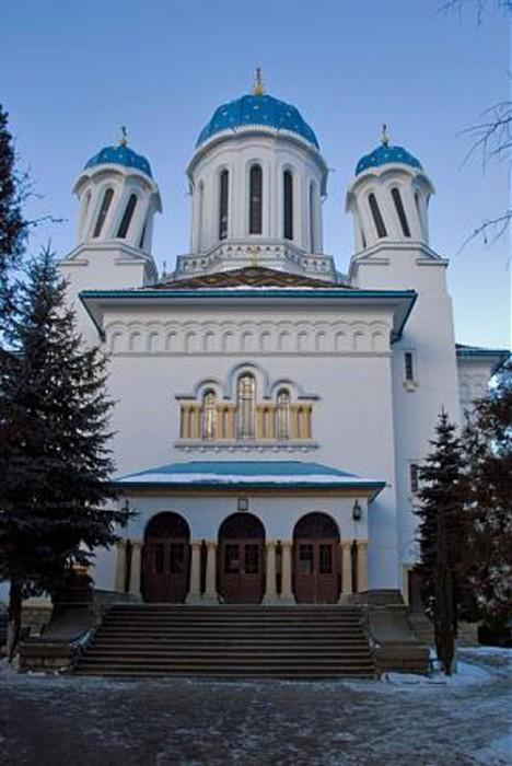 Biserica Sf Nicola din Cernauti 2-500px
