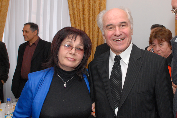 1-silvia-caraus-si-eugen-doga-academia-de-stiinte-a-moldovei-dsc_9294-600px