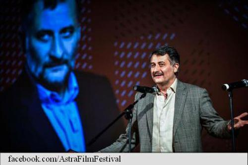 astra-film-festival-2016-cristi-puiu-premiul-de-excelenta-22-oct-16-500px