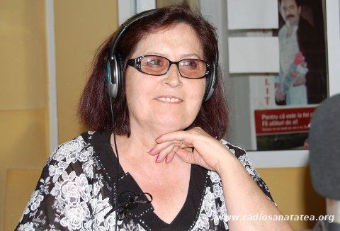 nina-ermurachi-la-radio-sanatatea