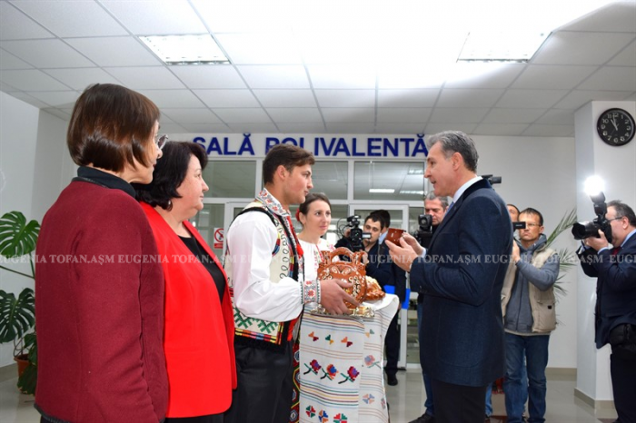 3-asm-burse-ale-casei-regale-pentru-studenti-univ-asm-ceremonie-12-dec-2016