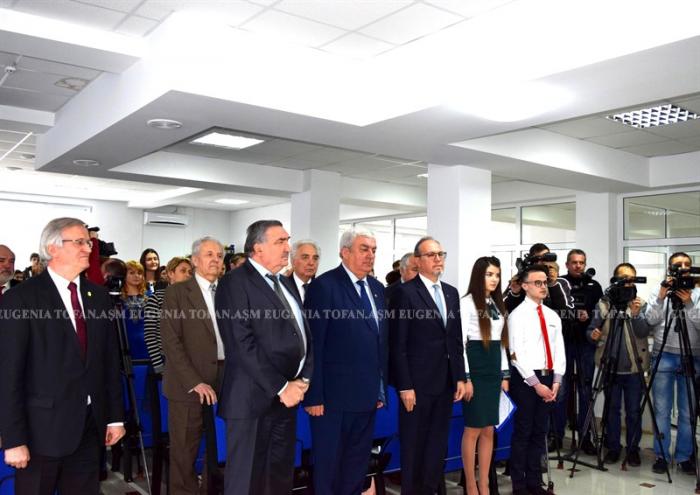 5-asm-burse-ale-casei-regale-pentru-studenti-univ-asm-ceremonie-12-dec-2016