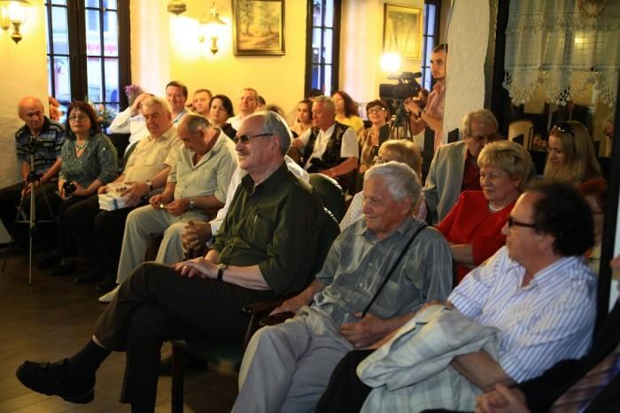 Ion Ungureanu-lansarea cartii Luminitei Dumbraveanu despre Eugen Doga-7 mai 2013-800px-IMG_4774